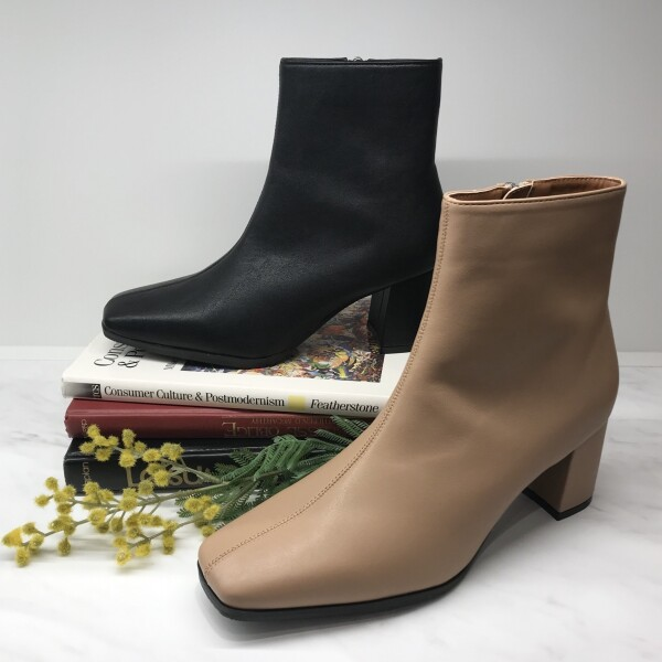【short boots】